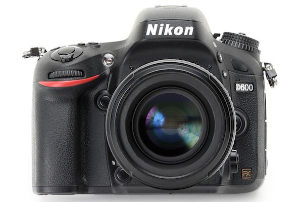 Remplacer le Nikon D600